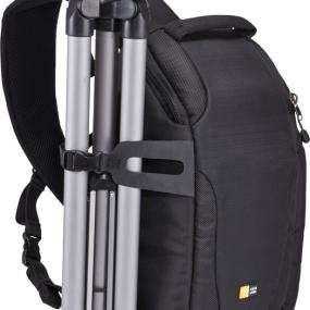 Tripod storage with the Case Logic DSS-101 Luminosity CSC/DSLR Sling