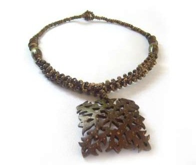 Beautiful Coconut Shell Craft Necklace jewelry