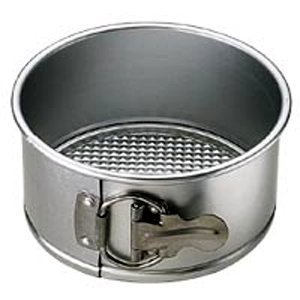 WILTON Springform Pan. Size: 6
