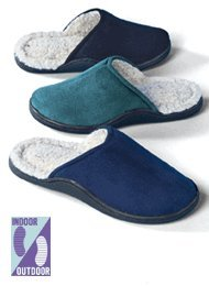 Cheap Soft & Cozy Clog Slippers (B002TXIL8E)