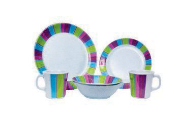 Quest Carousel 16 Piece Melamine Table Set, camping, caravanning.