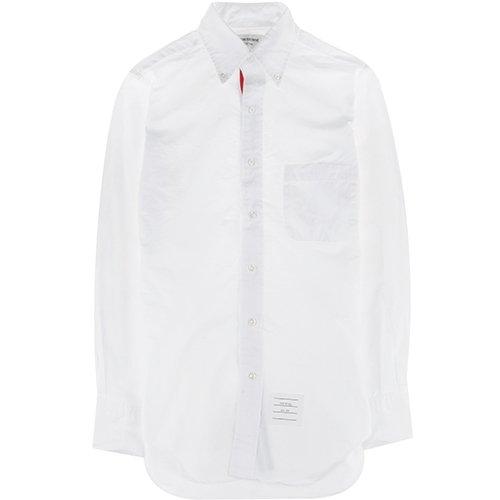 王道アイテムは質にこだわって、長く着る。「白のボタンダウンシャツ」は定番ブランドの一枚で決まり! 3番目の画像