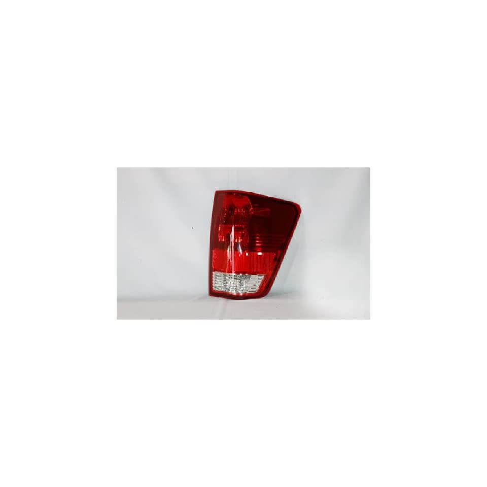 NISSAN VAN/PU TITAN TAIL LIGHT RIGHT (PASSENGER SIDE)(WITHOUT UTILITY COMP 2004 2009