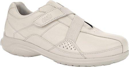 Oasis Women's Alana Hook & Loop Diabetic Shoes,Tan,6.5 W US (Oasis Diabetic Shoes compare prices)