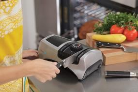 djustable Electric Knife Sharpener