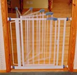 Bettacare Standard Auto-Close Gate. 75 - 82 cm.(29.5 - 32.25 inches)