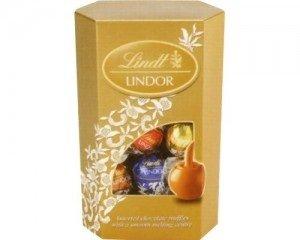 Lindt Lindor Assorted Chocolates Large Box 900 g