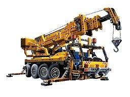 LEGO Technic 8421: Mobile Crane