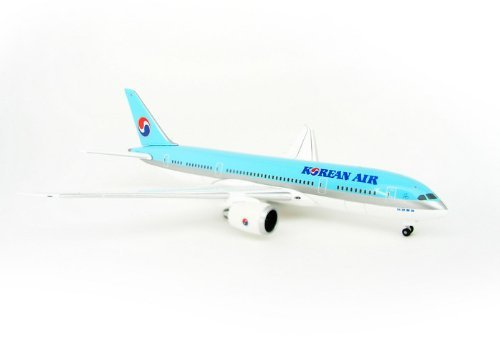 boeing-787-8-korean-air-on-ground-with-gear-no-stand-scale-1500