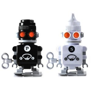 Salt and Pepper Robots - Wind Up Salt and Pepper Shakers