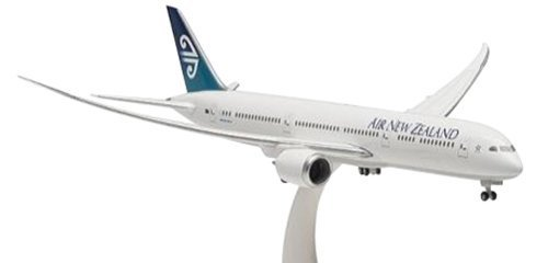 hogan-wings-1-400-b787-9-air-new-zealand-flight-attitude-japan-import-by-ben-hogan