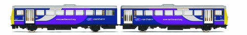 Hornby R3140 Northern Rail Class 142 Pacer 00 Gauge Train Pack