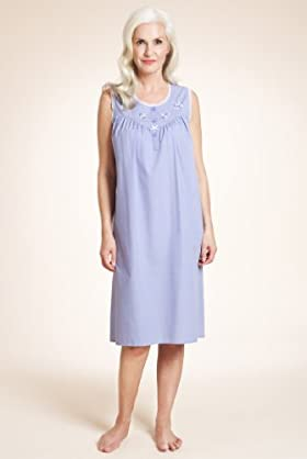 Scoop Neck Sleeveless Spot Print Nightdress