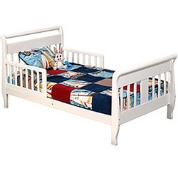 Storkcraft Toddler Bed front-729476