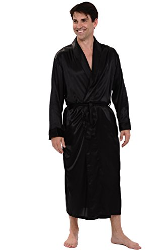 Add a touch of class to your bathroom with luxury Bathrobes. Shop you favorite pieces on the Official Online Store. Men Clothing Go Back Versus / Men Clothing Jackets & Coats Shirts T-Shirts Sweatshirts Embroidered Logo Baroque Bathrobe Black. $ Regular Price Sale Price. Quick view. I ♡ Baroque Bathrobe Black. $