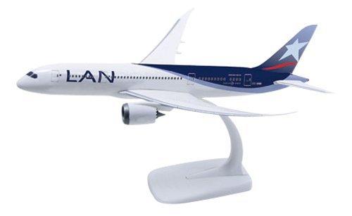 herpa-610292-lan-airlines-boeing-787-8-dreamliner-cc-bbb-1200-snap-fit-model-by-herpa