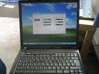 IBM ThinkPad T42 Laptop Intel Centrino 1Gb Ram