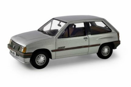 Corgi Diecast Car - Vanguards - Vauxhall Nova 1.2 Swing - Astro Silver - VA11405