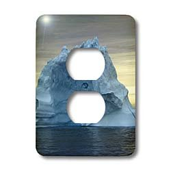 Kike Calvo Arctic - Icebergs from Greenland, drifting on Iceberg Alley Baffin Bay Baffin Island High Arctic Canada - Light Switch Covers - 2 plug outlet cover