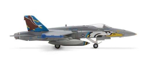 Herpa 1-200 Scale Military HE552509 Usn F-A-18C 1-200 VF-82 Maurauders