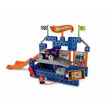 Imagen de Fisher-Price TRIO Hot Wheels Super Stunt Constructor Mega Playset - Super Stunt Constructor, n Lift 'Garage Go, 5 coches y los conductores 5