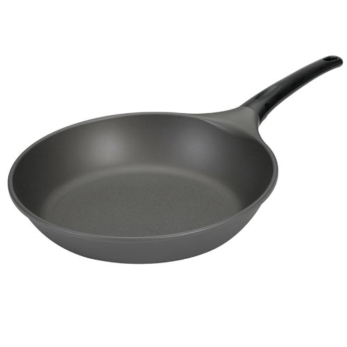 Nordic Chaser: Nordic Ware Pro Cast 12 Inch Saute Skillet Find Discount