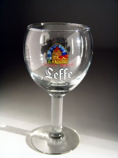 leffe-half-pint-glasses-set-of-2-25cl-2-leffe-beer-mats
