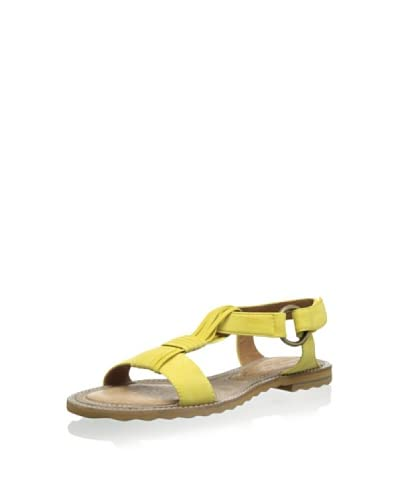 One of 2 Women's Flat Sandal
