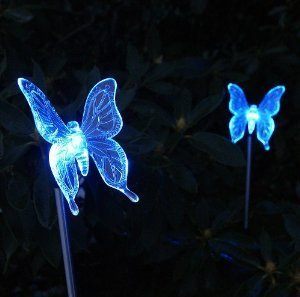 Innoo Tech Color Changing LED Solar Light Butterfly Stake Decorative Lights for Garden,Outdoor,Christmas,2 Pieces
