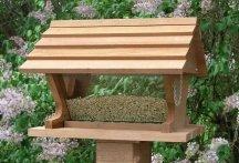 Cheap Looker Belle Vista Cedar Bird Feeder (Belle Vista)