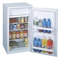 18 Cu Ft Top Freezer Refrigerator front-632072