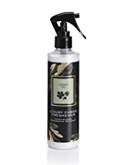 Signature Green Fig Fabric Freshener