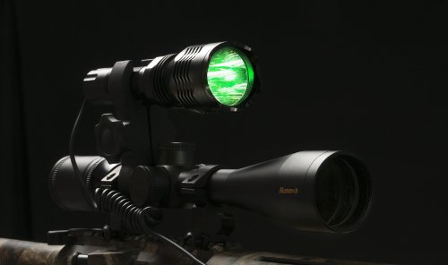 fotos coyote hog predator hunting light green led gun. Black Bedroom Furniture Sets. Home Design Ideas