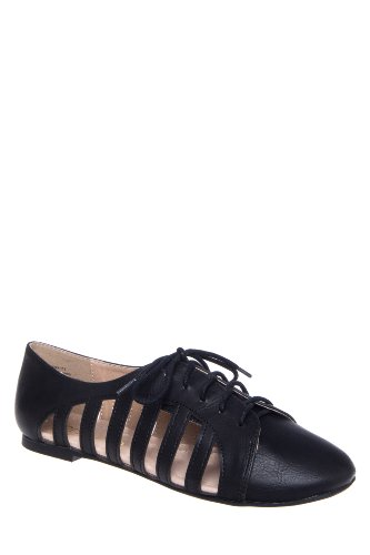 Restricted Stereo Laser Cut Oxford Flat Shoe