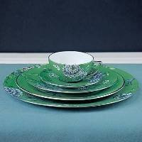 wedgwood-jasper-conran-chinoiserie-green-plate-sauce-boat-stand-18cm-by-wedgwood