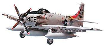Tamiya 61058 1/48 Skyraider AD-6