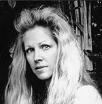 Suzanne Finstad