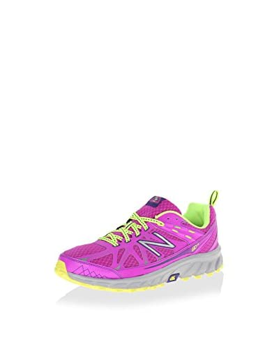 New Balance Women's Lace Up Sneaker