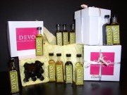 DEVO Extra Virgin Olive Oil and Balsamic Vinegar Sampler Gift Box - 16 Flavors