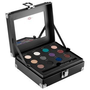 make-up-for-ever-studio-case-a-set-of-12-artist-shadows-a-step-by-step-guide-and-a-full-size-of-the-