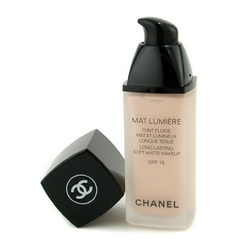 CHANEL Long-Lasting Soft Matte Makeup, 02