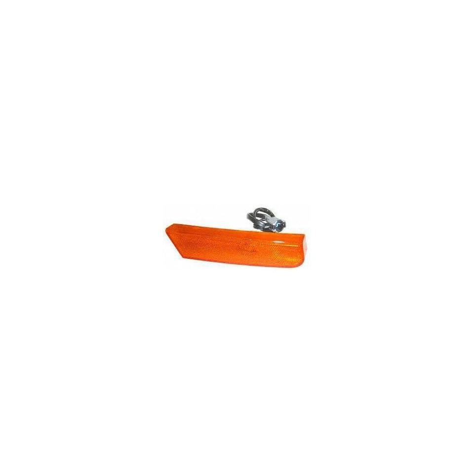 02 04 NISSAN XTERRA FRONT SIDE MARKER LIGHT RH (PASSENGER SIDE) SUV, Assy (2002 02 2003 03 2004 04) N104501 261807Z800