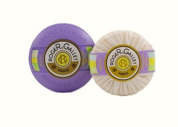 roger-gallet-lilly-of-the-valley-soap-in-travel-case