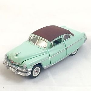 1-43-scale-1951-mercury-monterey-by-the-franklin-mint