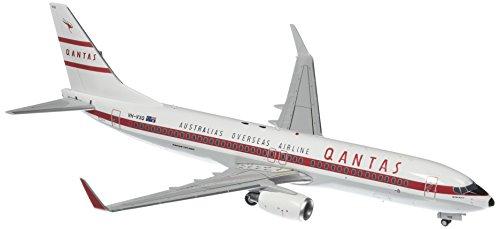 gemini200-qantas-b737-800w-retro-roo-ii-airplane-model-1200-scale