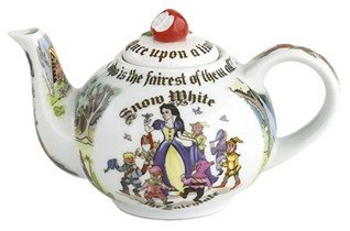 Paul Cardew Snow White 2 Cup/18 Oz Teapot (Red Apple Lid)