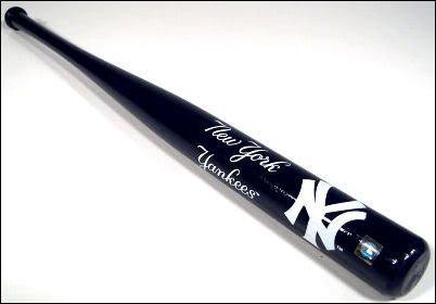NEW YORK YANKEES LOGO MINI WOOD BASEBALL BAT!