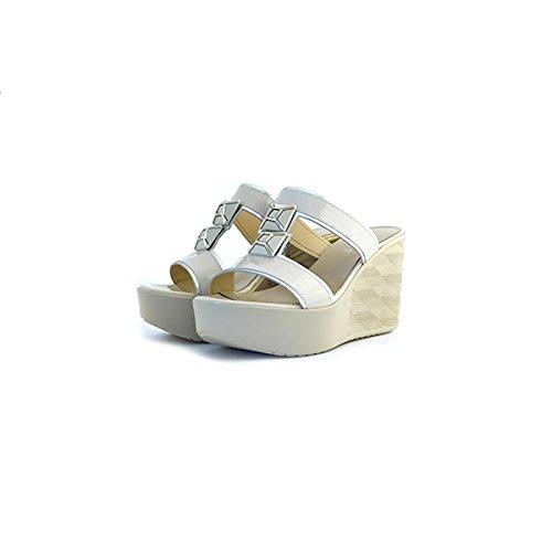 Scarpe sandali donna Jeannot numero 36 32231 in vernice beige paint zeppa tacco