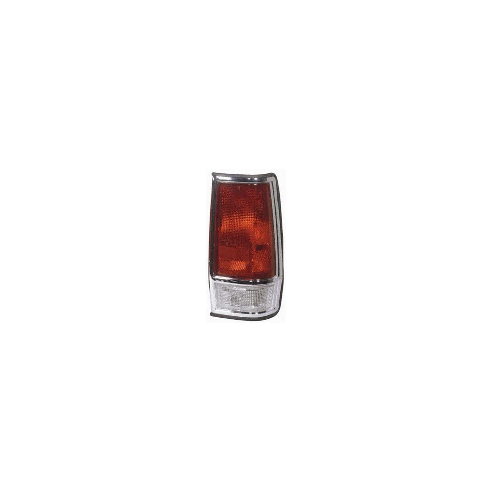 Collison Lamp 85 86 Nissan 720 Tail Light Lens Right 11