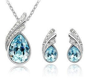 JF001 Teardrop Shape Faux Crystal Diamond Silver Plated Necklace & Earrings 1 Set